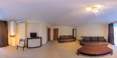 Апартаменти 3-кімнатні